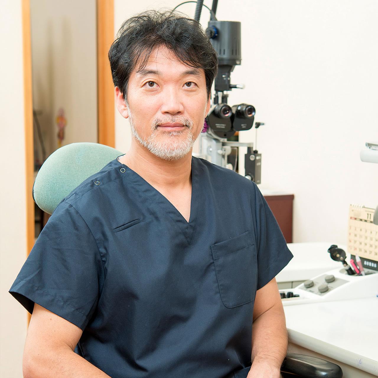 医師:中田安彦